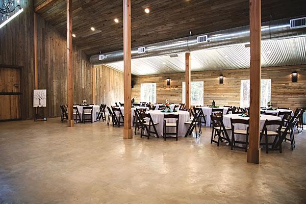 Image of wedding reception area - Whispering Oaks Wedding Venue