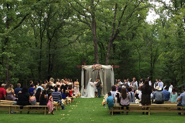 Whispering Oaks Wedding Venue - Gallery - The Venue