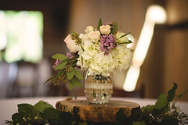 Image of centerpiece - Whispering Oaks Wedding Venue